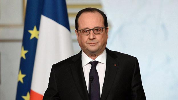 Frankreichs Staatspräsident François Hollande nimmt an einer Medienkonferenz zu seinen Plänen zur Verfassungsreform Stellung.