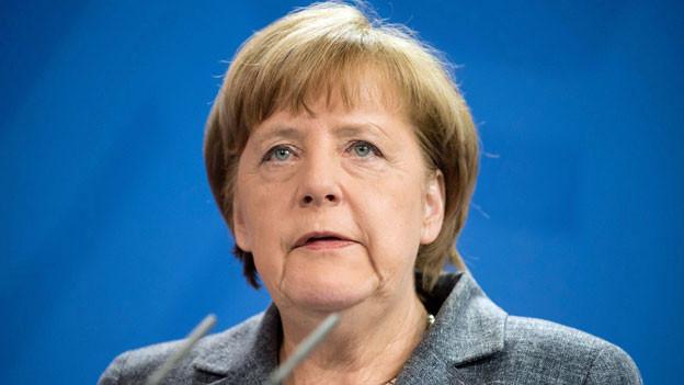 Die Bundeskanzlerin Angela Merkel hat dem Wunsch Ankaras entsprochen, ein Verfahren gegen den Satiriker Jan Böhmermann einzuleiten.