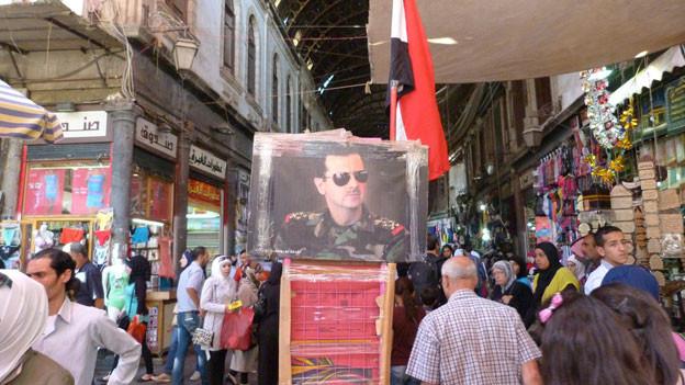 Offene Läden, überfüllte Märkte – aber keine ausländischen Kunden: Der Souq in Damaskus.