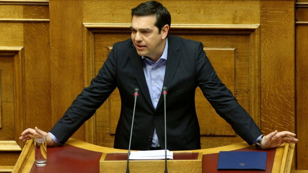 Der griechische Premierminister Alexis Tsipras hält in Athen eine Rede während der Debatte über die Steuer- und Rentenreformen.