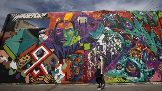 Graffiti an Hauswand.