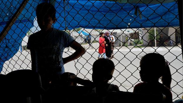 Syrische Flüchtlingskinder in einem Flüchtlingslager in Osmaniye, Türkei.