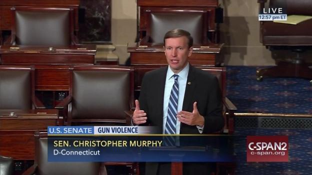 Der demokratische Senator Chris Murphy während der Mammutrede.
