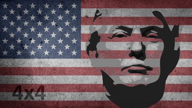 Donald Trump vor der amerikanischen Flagge.