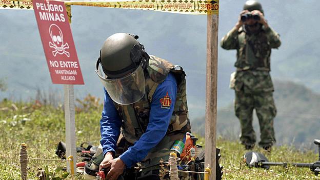 Landminen-Räumer an der Arbeit in Kolumbien.