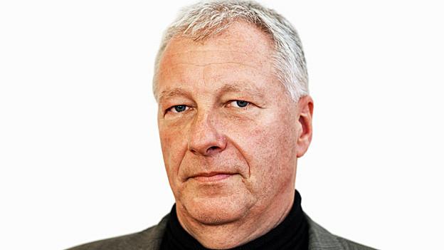 Fredy Gsteiger. Portraitbild.