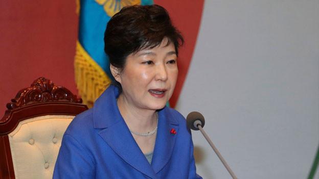 Präsidentin Park Geun Hye muss sich einem Verfahren zur Amtsenthebung stellen.