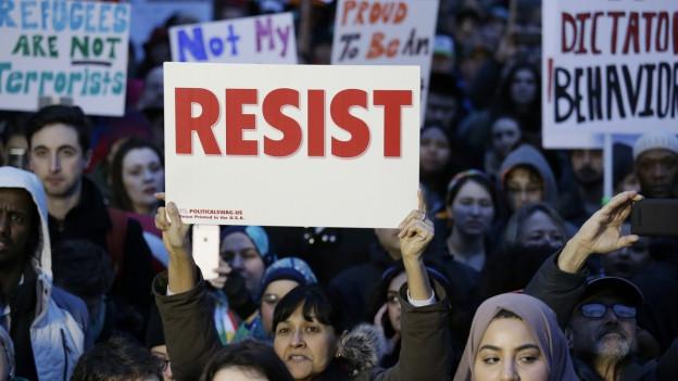 Proteste gegen Trumps Einreisesperre