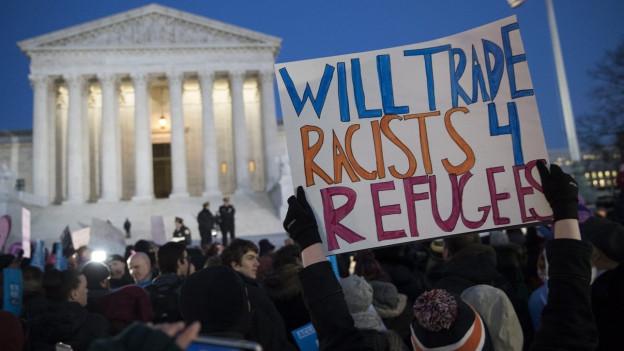 Eine Demonstration in Washington DC gegen die Einreisesperre, welche Trump verhängt hat.