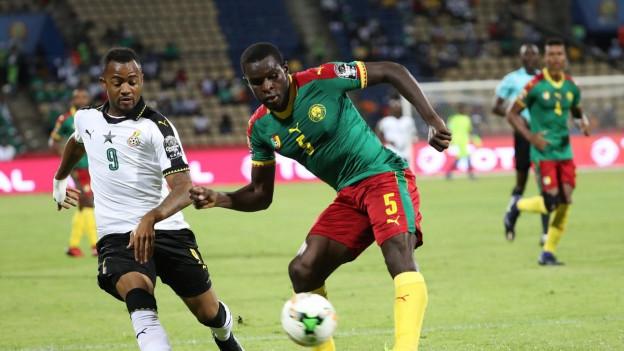 Leere Zuschauertribünen beim Afrika-Cup Halbfinalspiel Kamerun gegen Ghana