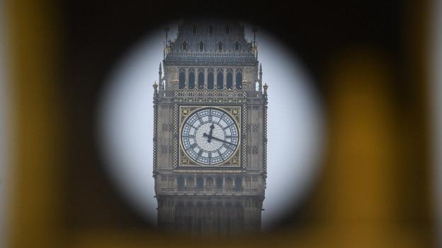 Das Zifferblatt des Big Ben in London.