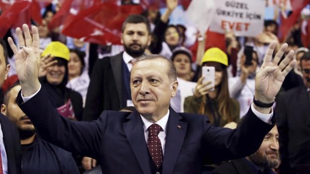 Geht mit Anti-Deutschen Parolen auf Stimmenfang für sein Verfassungsreferendum: Der türkische Präsident Recep Tayyip Erdogan.