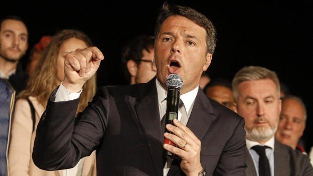 Matteo Renzi bei seiner Rede nach seiner Wahl zum Parteichef.