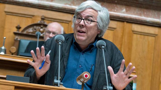 Andreas Gross, SP, im Nationalratssaal. Archivaufnahme von 2014.