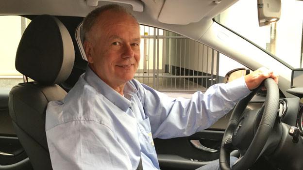Dietmar Tölg. Taxifahrer in Wuppertal.