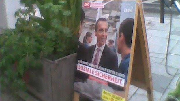 Wer hat die besseren Rezepte? 400'000 Beschäftigungslose erhoffen sich bei der Wahl von Österreichs Parteien eine Lösung.