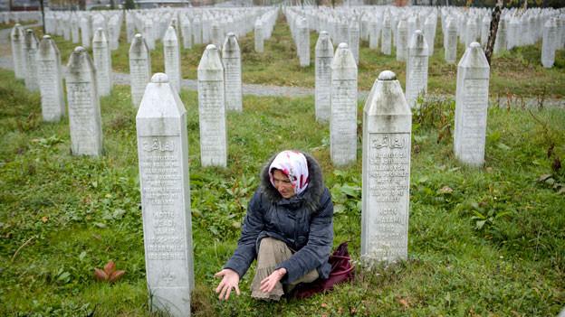 Gedenkstätte von Potocari in der Nähe von Srebrenica, Bosnien.