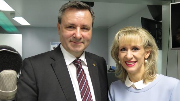 Werner Salzmann (l.) und Priska Seiler Graf.