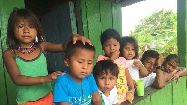 Vertrieben im eigenen Land: Angehörige der indigenen Wounaan in Riosucio. 7,3 Millionen Binnenflüchtlinge sind zur Zeit in Kolumbien registriert.