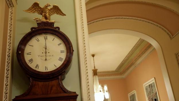Die «Ohio Uhr» zeigt Mitternacht, die Zeit, in der der Shutdown eintritt.