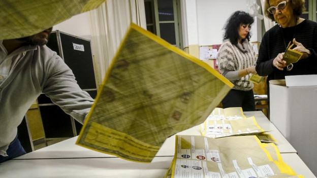 Die Stimmenzähler sind noch am Arbeiten in Italien