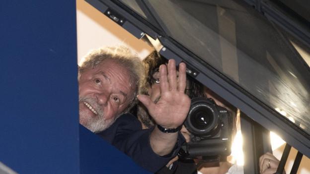 Das Bild zeigt Lula da Silva, den ehemaligen Präsidenten Brasiliens.