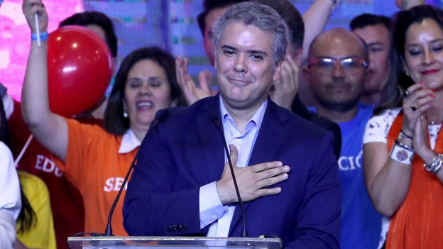 Der rechtskonservative Präsidentschaftskandidat Ivan Duque erhielt zwar die meisten Stimmen, verfehlte jedoch das absolute Mehr
