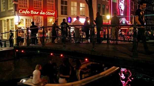 In Amsterdam sorgen Nachtbürgermeister für Ordnung