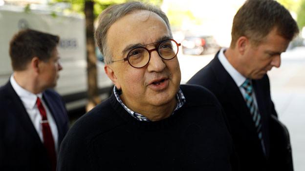 Der Mann mit den 6 Smartphones - Der erfolgreiche Manager Sergio Marchionne ist tot.