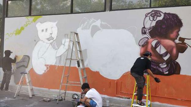 Offener Protest ist gefährlich in Thailand. Graffitis als Protest werden ein Stück weit toleriert.