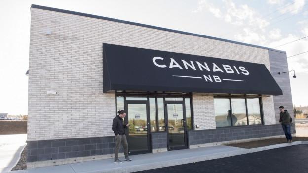 Die Front einer Cannabis Ladenkette in Kanada.
