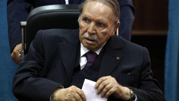 Abdelaziz Bouteflika im Rollstuhl 2017