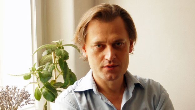 Jurko Prochasko, ist Essayist, Germanist und Psychoanalytiker. Er hat viele deutschsprachige Bücher ins Ukrainische übersetzt und gilt als wichtiger Kulturvermittler.