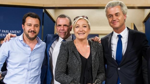 Europäische Rechtspopulisten: Matteo Salvini, Marine Le Pen, Harald Vilimsky, Geert Wilders.