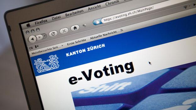 Die Elektronische Identität, die E-ID, hat bei uns einen schweren Stand. Versuche, Abläufe in den Verwaltungen vermehrt zu digitalisieren oder gar die Stimmabgabe übers Internet zu ermöglichen, stossen auf grossen Widerstand. Das Hauptproblem: Der Datenschutz.