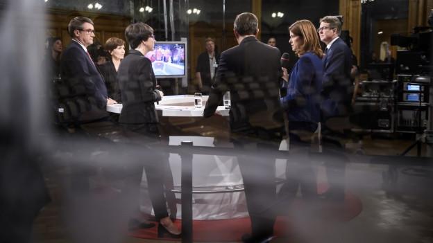 Die Präsidenten der Parteien während der Elefantenrunde des Schweizer Fernsehens