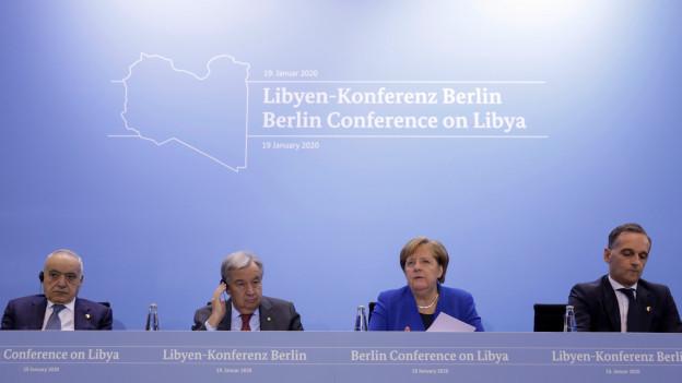UNO-Sondergesandter Salame, UNO-Generalsekretär Guterres, die deutsche Kanzlerin Merkel, der deutsche Aussenminister Maas.