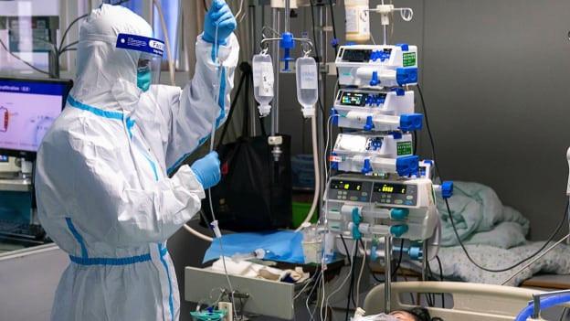 Wegen Verdacht auf Corona-Virus: Ein Flugpassagier musste am Flughafen Zürich genau untersucht werden.