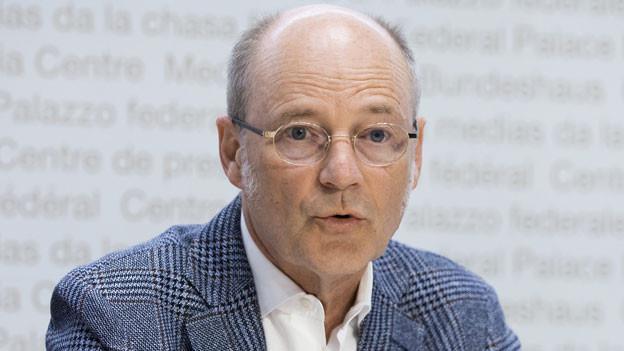 Stefan Blättler, Präsident der Konferenz der kantonalen Polizeikommandanten, spricht während einer Medienkonferenz zur Situation des Coronavirus, am 7. April 2020 in Bern.