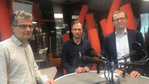 Thomas Häusler, Leiter der SRF-Wissenschaftsredaktion; Martin Amrein, Co-Präsident des Schweizer Klubs für Wissenschaftsjournalismus und Rainer Borer, Leiter der Abteilung Hochschulkommunikation der ETH Zürich (von links).