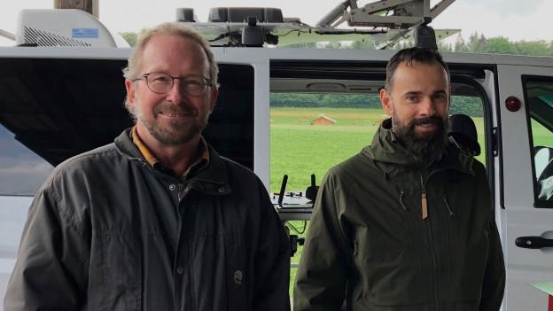 Michael Reinhard, Chef der Abteilung Wald im Bundesamt für Umwelt (rechts) und Urs-Beat Brändli von der Eidgenössischen Forschungsanstalt für Wald, Schnee und Landschaft.