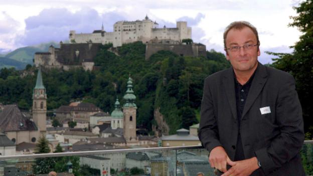 Der Autor Robert Menasse an der Eröffnung der Salzburger Festspiele 2005