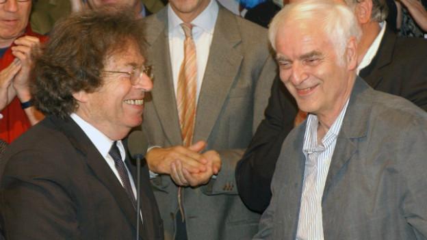 Archiv: György Konrad (links) und Adolf Muschg 2003 in Berlin.