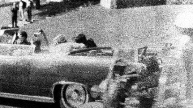 22. November 1963 - Präsident Kennedy wird von tödlichen Schüssen getroffen