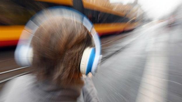 Unabhängig von Ort und Zeit hören: der Podcast