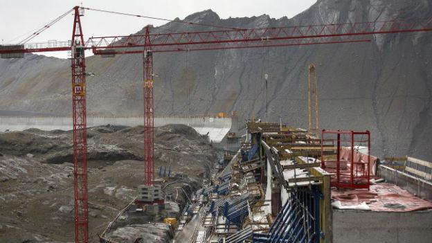 Die Grossbaustelle des Ausbauprojektes Linthal des Kraftwerks Linth-Limmern.