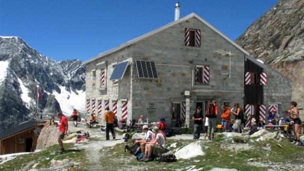 Die Mountet-Huette des SAC auf 2886 Meter über Meer im Wallis.