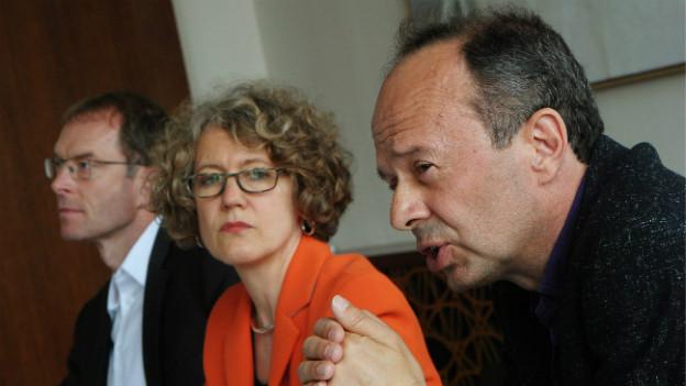 Daniel Leupi (rechts), Corine Mauch, Richard Wolff: Der Zürcher Stadtrat nimmt Stellung zur Rochade.