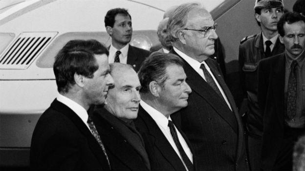 Dreiländertreffen zum 25-jährigen Bestehen 1989: Adolf Ogi, François Mitterand, Jean-Pascal Delamuraz und Helmut Kohl (v.l.n.r.).