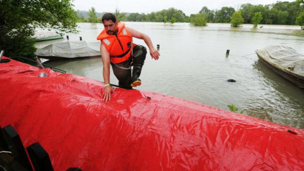 Zum Einsatz kamen auch Beaver - eine mobile Hochwasserschutzmassnahme.